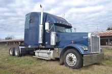 2000 FREIGHTLINER CONVENTIONAL