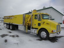 2000 KENWORTH T300 BUCKET TRUCK