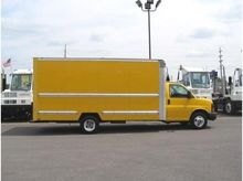 2010 GMC SAVANA G3500 BOX TRUCK