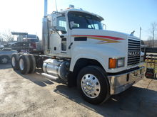 Used 2005 MACK CHN61