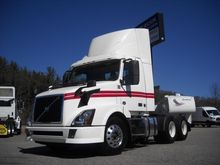2012 VOLVO VNL64T300 CONVENTION