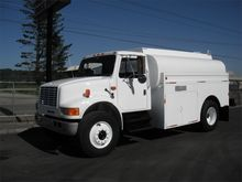 1991 INTERNATIONAL 4700 TANKER