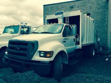 2004 FORD F 750 GARBAGE TRUCK