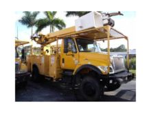 2005 INTERNATIONAL 7300 DIGGER