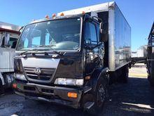 2009 UD TRUCKS 2600 Box truck -