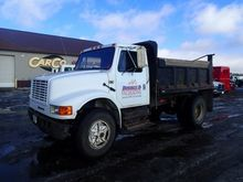 1990 International 4900 Dump Tr