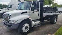 2010 INTERNATIONAL 4300 FLATBED