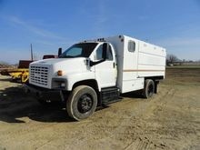 2005 GMC C6500 CHIPPER TRUCK