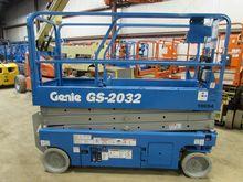 2007 GENIE GS2032 Scissor lifts