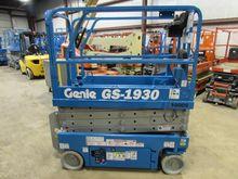 2005 GENIE GS1930 Scissor lifts