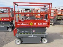 New 2014 SKYJACK SJI