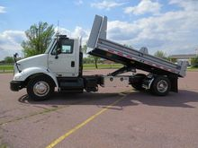 2006 INTERNATIONAL 8600 DUMP TR