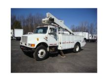 2000 INTERNATIONAL 4700 BUCKET