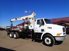 1999 STERLING NATIONAL CRANE CR