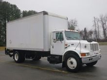 1996 INTERNATIONAL 4700 BOX TRU