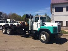 2005 MACK RB600 ROLL OFF TRUCK