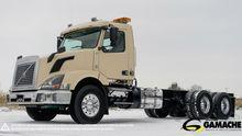 Used 2014 Volvo Vnl3