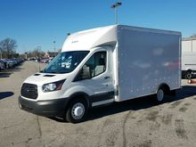 2016 FORD TRANSIT Box truck - s