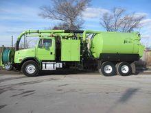 1999 FREIGHTLINER Sewer trucks