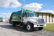 2007 INTERNATIONAL 4700 GARBAGE
