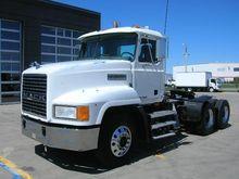 Used 2001 MACK CH613