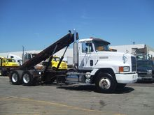 1993 MACK CH613 CAB CHASSIS