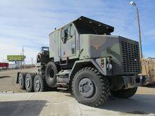 1999 OSHKOSH M1070 Winch truck