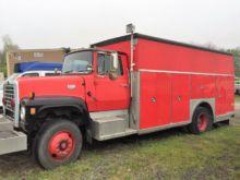 1985 FORD F9000 FIRE TRUCK