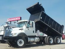 2004 INTERNATIONAL WORKSTAR 740