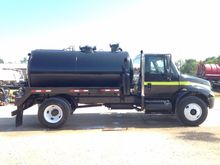 2003 INTERNATIONAL 4300 SEPTIC