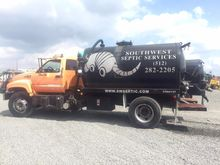 2002 CHEVROLET C8500 SEPTIC