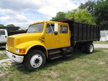 1992 INTERNATIONAL 4700 DUMP TR