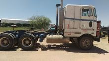 1993 PETERBILT 362 CABOVER TRUC