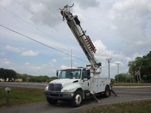2007 INTERNATIONAL 4300 DIGGER
