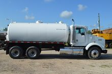2001 KENWORTH T800 SEPTIC