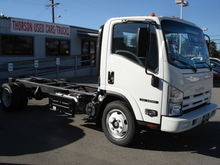New 2017 ISUZU NRR B