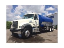 2017 MACK GRANITE GU713 SEPTIC