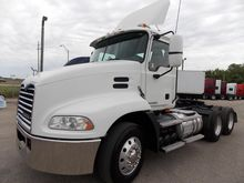 2008 MACK PINNACLE CONVENTIONAL