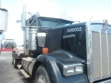 2006 KENWORTH W900 FUEL TRUCK -