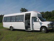 2015 ELKHART COACH BUS BUS