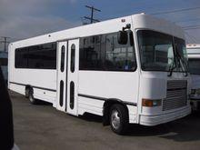 1999 SUPREME PRESIDENT BUS