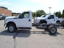 2016 FORD F-350 BOX TRUCK - STR