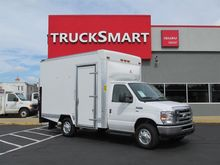 2013 Ford E350 Box truck - stra