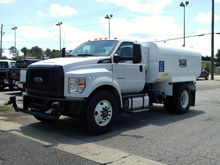 New 2016 FORD F750 W