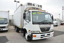 2009 U D UD1800HD Box truck - s