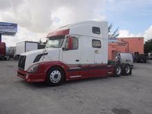 Used 2006 VOLVO VNL