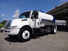 2010 INTERNATIONAL 4300 SEPTIC