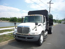 2010 INTERNATIONAL 4300 DUMP TR