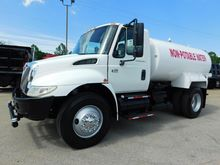 2006 INTERNATIONAL 4300 WATER T