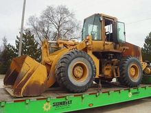 CASE 621 Loaders